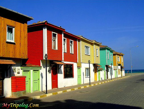 colorful ayancik houses in sinop,sinop,ayincik,colorful houses,turkey