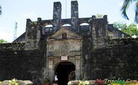 entrance of historical fort san pedro in cebu,historical fort,san pedro,cebu,