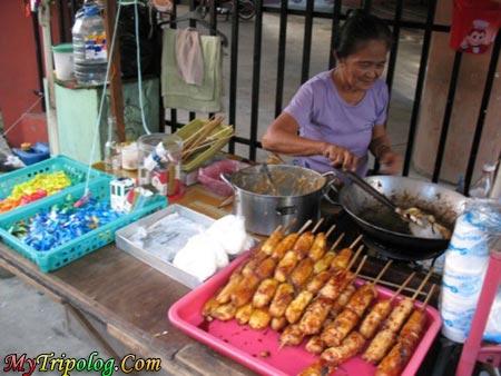 lady,selling,fried,banana,manila,life
