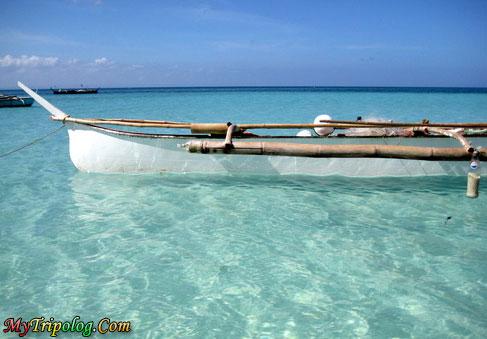 santa fe in cebu,philippines,crytal water,boat,cebu,santa fe