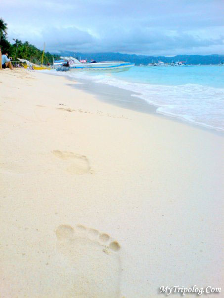 boracay,sand,philippines,beach,sea,footprints on sand
