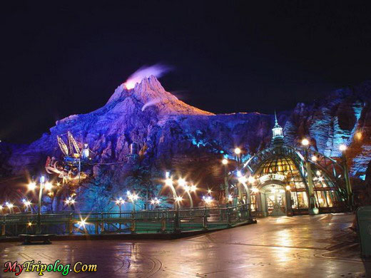 dubai disneyland at night,dubai,disneyland,view,uae,night,