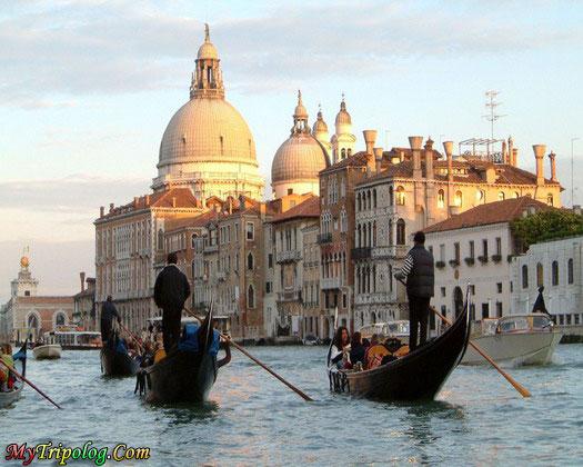 gondola venice italy,italy,venice,gondola,italy travel guide
