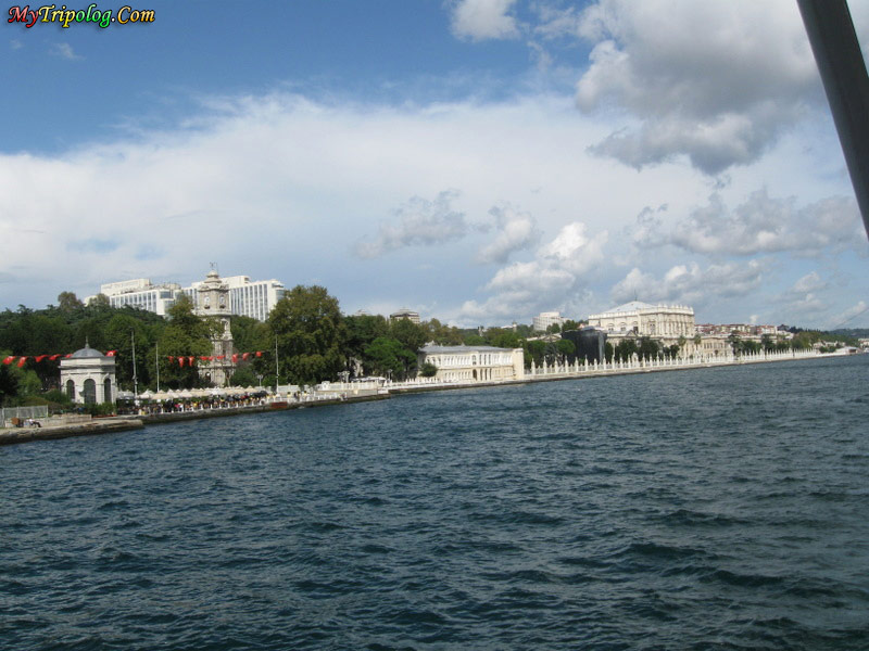 palace,bosphorus tour,istanbul,turkey,historical places