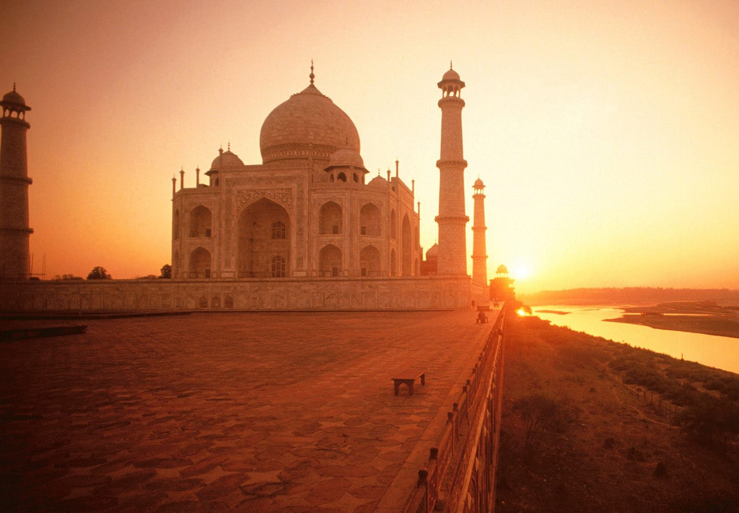 Wallpaper Taj Mahal The Symbol Of Love At Sunset Travel Around The