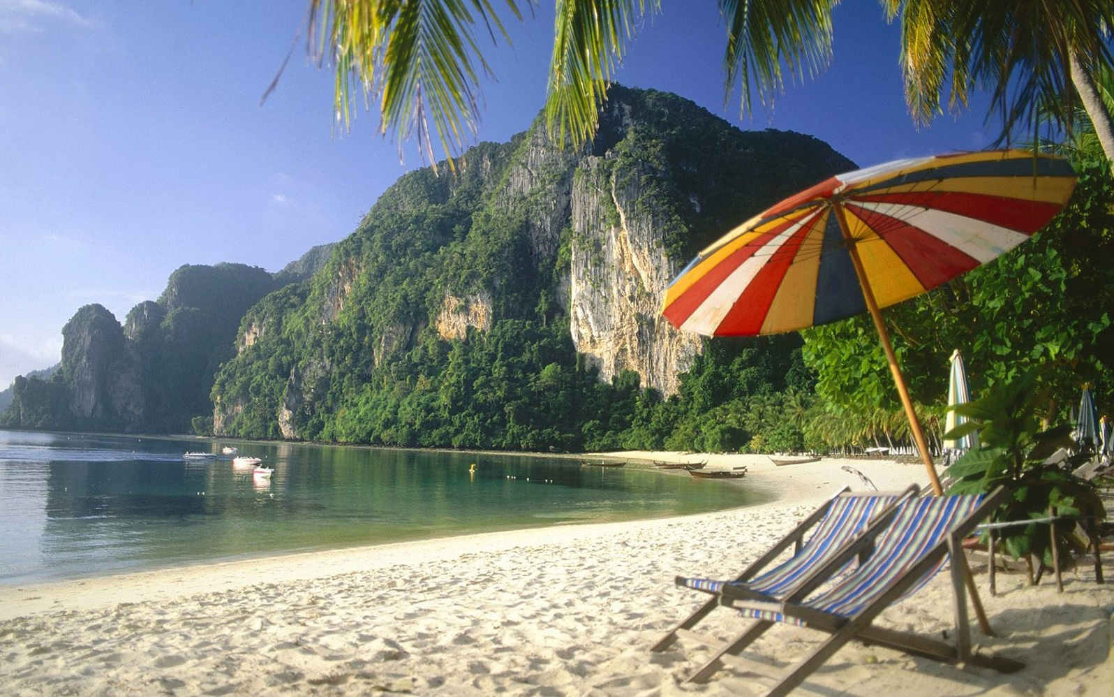 Beautiful beach in thailand thiland for The best beach vacations