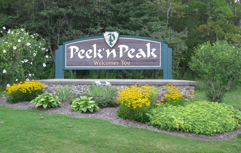 Review Peek'n Peak Resort, Golf, Spa, Skiing; WNY Tourist Attractions