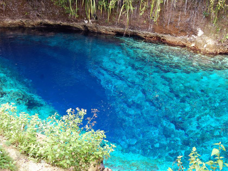 hinatuan enchanted river philippines